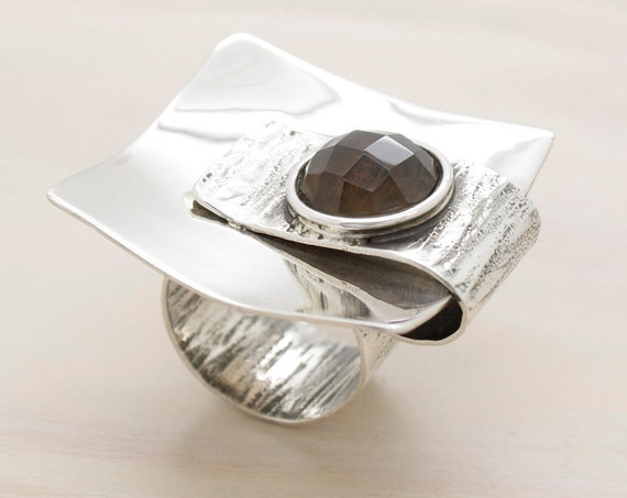 Handmade silver smoky quartz ring with texture, square oversize ring with natural smoky quartz