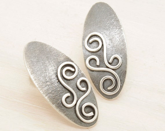 Handmade silver oval filigree earrings, oval earrings with texture and patina