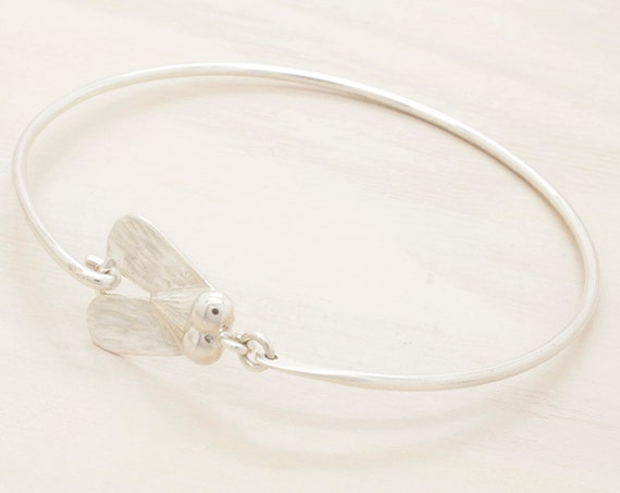Handmade silver egyptian bangle with texture, fly bangle with egyptian symbol