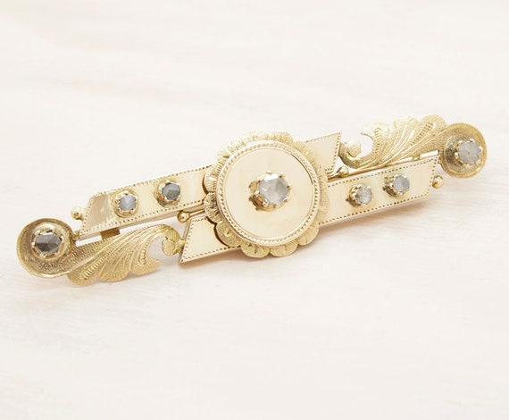 Antique victorian brooch made in gold with diamonds, vintage 18k pink gold brooch an diamonds