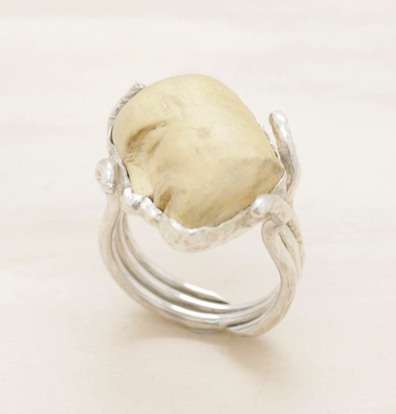Handmade silver wood ring with human head, wood cameo ring with texture