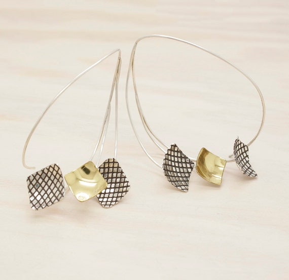 Handmade silver hoop earrings with texture and golden pieces, dangle minimal  ring with square parts