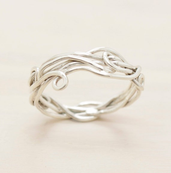 Handmade silver twisted ring with texture, thread dainty ring