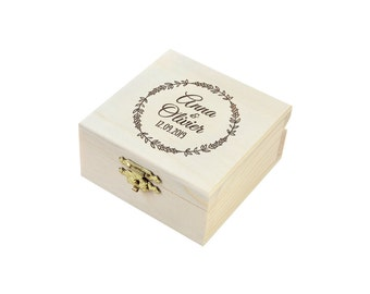 Custom box to marriage alliances, lavender wreath