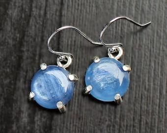 Kyanite Earrings, Silver kyanite, prong kyanite, claw kyanite, blue dangles prong, tiny dangle, small round earring, silver earring, 4 prong