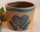 Guernsey Ohio Salt of Thee Earth Stoneware Small Crock - Blue Hand Painted Folk Art Heart Design, Excellent Condition, Artist Signed