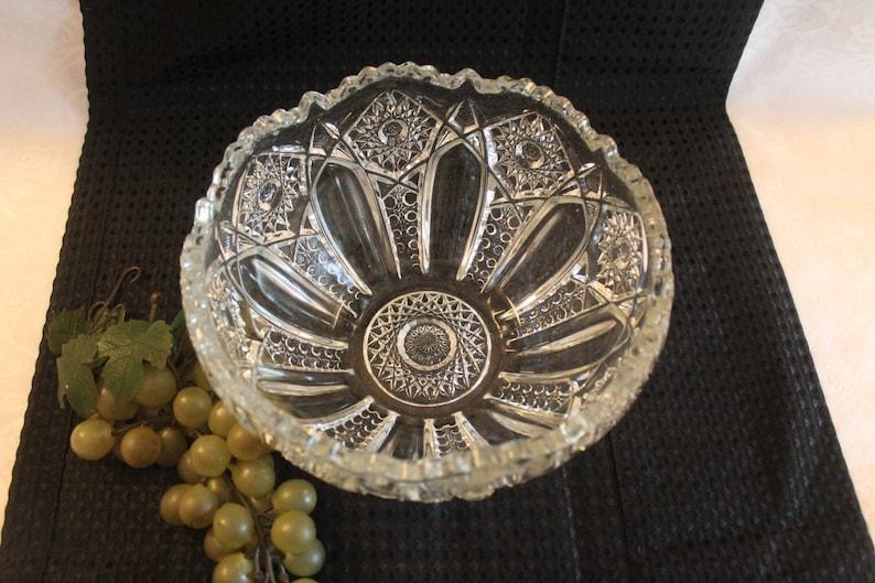 Smith Heritage Excellent Condition Beautiful Vintage Pattern Glass 8.25 Centerpiece Bowl McKee Quintec or L.E