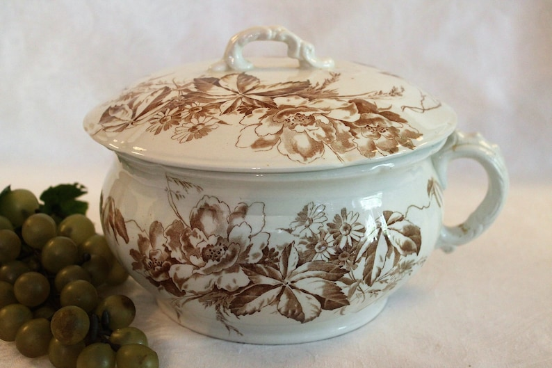 Hearty Pair Of Vintage Alfred Meakin Open Tureens  Serving Dishes Country Life Pattern Pottery, Porcelain & Glass