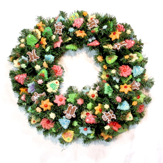 16 Inch Multi Color Wreath with Mini Cookies and Gingerbread Men