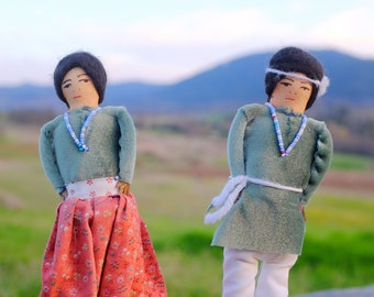 Native American Doll Couple // American Indian Doll Pair // Indigenous Dolls // Handmade Doll //Vintage Doll //Cloth Doll //Vintage Souvenir