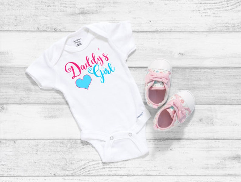 Daddys Girl Onesie Fathers Day Gift, Daddys Girl Outfit Fathers Day Onesie