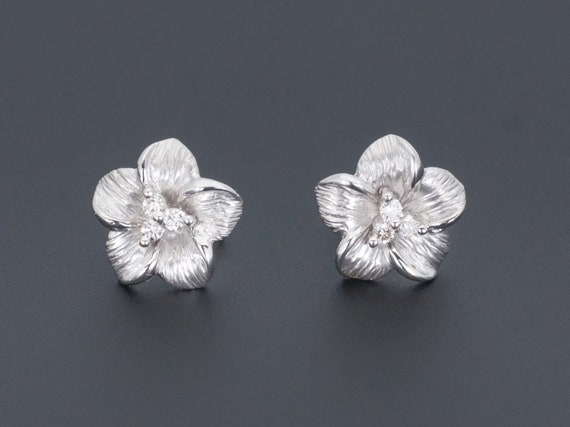 White Gold Flower Earrings | Vintage Diamond Flowe