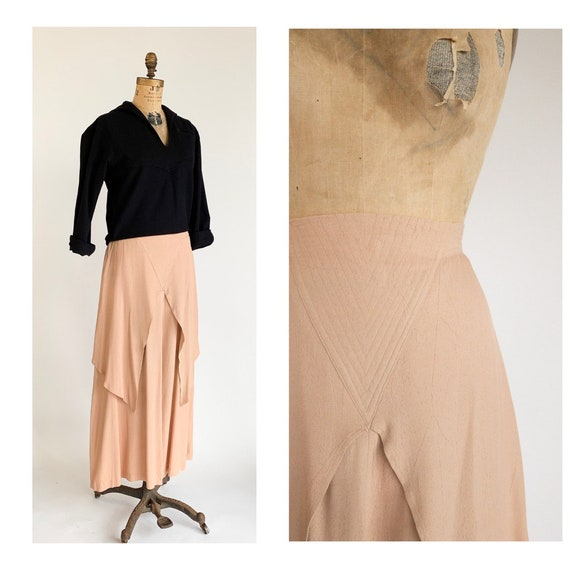 1970's Pale Pink Flutter Panel Quilted Waist Maxi