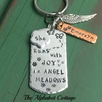Daughter Remembrance Keychain-Grief Jewelry-Grieving Parent Gift-Sympathy Gift-In Memory of Daughter-Loss of Child-Loss of Baby-Angel Wing