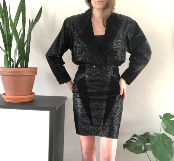 Vintage 80's stunning suede skirt suit set / Genui