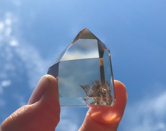 Citrine Standing Point from Madagascar - Rainbow Inclusions!!!