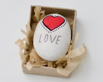 Wedding Favours/ favors rustic, natural painted pebbled hearts