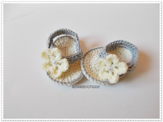 1589bfd36a228 Flip flops Gray champagne Crochet Baby Flip Flops Baby Sandals Gray baby  sandals Baby Flip Flops Summer Baby Shoes Crochet Girl Sandles