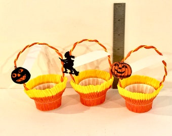 Vintage Halloween Party Favor, Crepe Paper Baskets, Orange and Black, Candy Container, Die cut Jack o Lantern, Witch, Set of 3, 1950s, USA