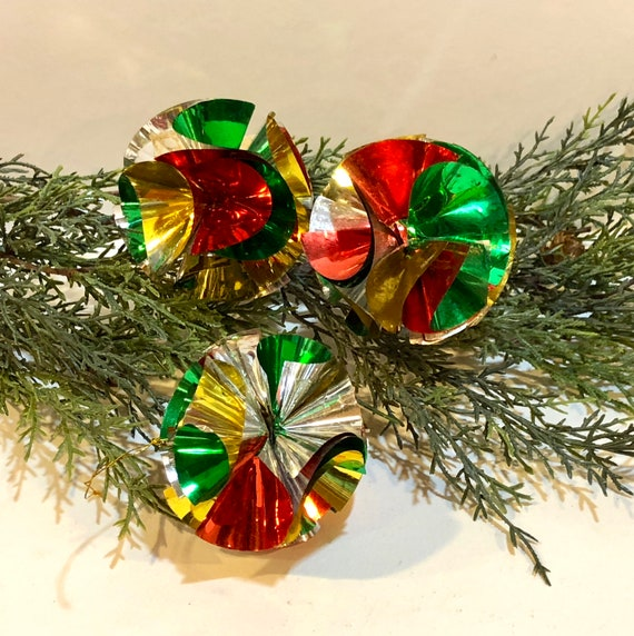 Vintage Christmas, 3 Foil Ornaments, Atomic Foil Christmas Ornaments, Space  Age, Mid Century Modern, 1960s - Vintage Christmas 3 Foil Ornaments Atomic Foil Christmas Etsy