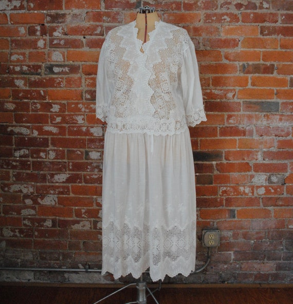 20s Cotton & Lace Dress - Vintage Early 1920s Embr