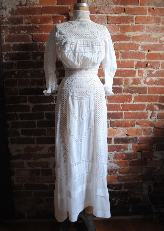 Edwardian Lawn Dress - Antique 1900s Eyelet and In