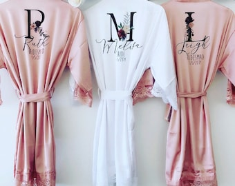 AMÉLIE Lace silk bridal robes with floral initial ac42e8832