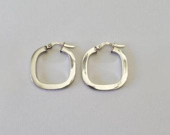 14K White Gold Square Hoop Earrings