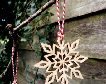 Christmas Decorations / Wooden Ornaments / Snowflake Decorations / Laser Cut Decorations / Christmas Decor / Scandinavian Decorations