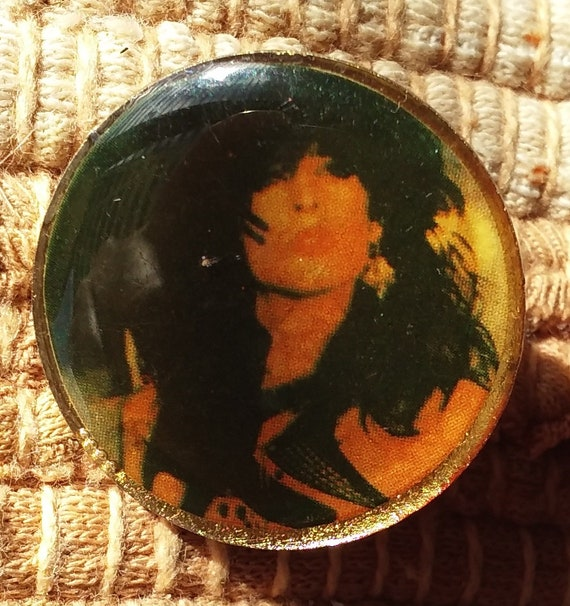Tommy Lee lapel jacket pin pre-owned Motley Crue