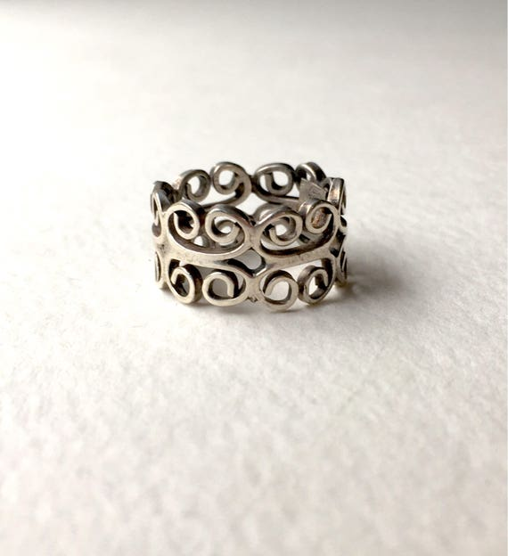 Vintage Scroll Sterling Silver Band Ring Size 5