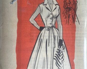 Prominent Designer 9369 Sewing Pattern Vintage UNCUT