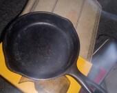 Wagner Ware Sydney 7-in cast iron skillet vintage antique cast iron skillet number 1053h