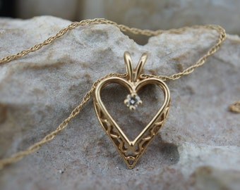 Vintage Solid Gold  Pendant 14k Apple Diamond Cut Design Floral Gift Art Deco Jewelry for Chain DD