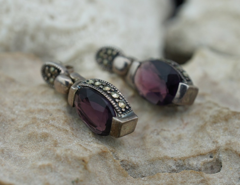 Sterling Silver 925 Jewelry Vintage Pierced Stud drop Hanging Earrings Purple Violet Faceted Stone Faux Diamond Circa  st847