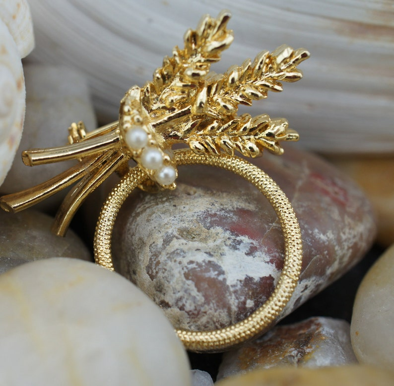 Vintage Jewelry Art Pin Brooch Gold Tone Branch Leaves Curl Ring  Circle Pearl Beads Carved Circa Modernist Graceful Set 68BB