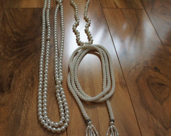 Estate Vintage Jewelry Necklace Set  Beaded  Handmade seed Beaded  ,White,Cream , Faux Pearls, Choker  F-008