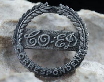 Jewelry brooch pin circa minimalist Modernist Graceful hoop correspondent ,bo-ed, Art Deco silver tone cc197