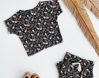Baby Unisex shirt and pants set, Oversized tee and shorties , Olive Floral set , Modern clothes