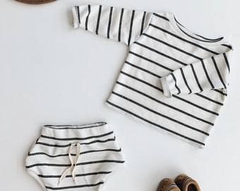 Baby Unisex shirt and pants set, Oversized sweater and shorties , Striped set, Modern clothes