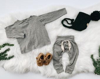 Baby Unisex shirt and pants set, Harem pants, Long sleeve tee, Grey Ribbed  set, Modern clothes