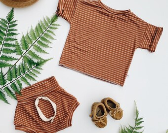Baby Unisex shirt and pants set, Oversized tee and shorties , Rust Stripe set, Modern clothes