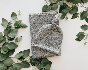Baby Blanket, Swaddle blanket and Beanie set, Coming home outfit, Grey knit blanket set.