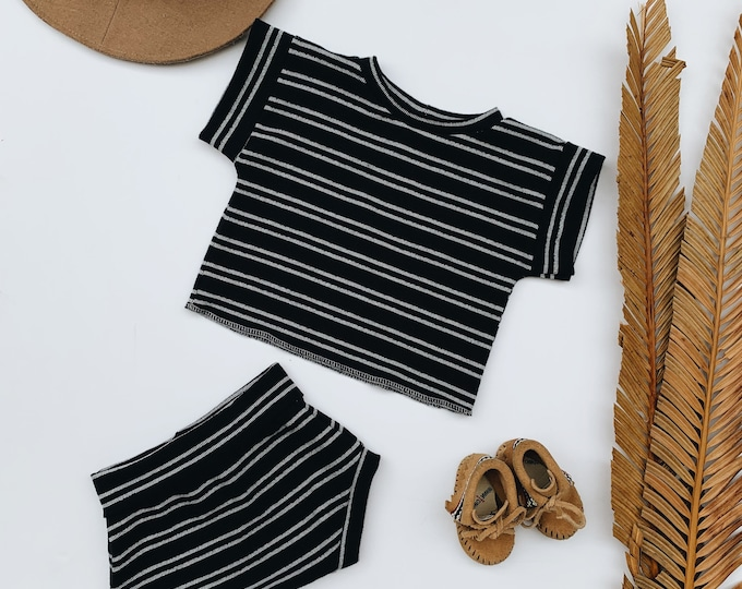 Featured listing image: Baby Unisex shirt and pants set, Oversized tee and shorties , Black Stripe set, Modern clothes