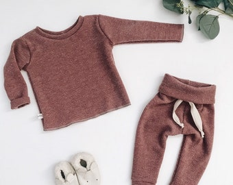Baby Unisex shirt and pants set, Harem pants, Long sleeve tee, Modern cothes, muave  sweater set