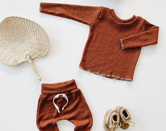 Baby Unisex shirt and pants set, Harem pants, Long sleeve tee, Rust waffle  Knit Set, Modern cothes