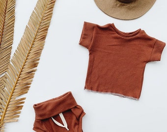 Baby Unisex shirt and pants set, Oversized tee and shorties , Terra Cotta set, Modern clothes