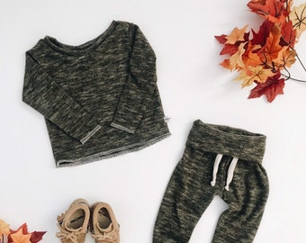 Baby Unisex shirt and pants set, Harem pants, Long sleeve tee, Modern cothes, Olive sweater set