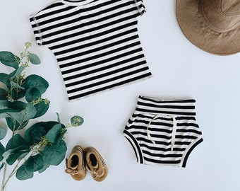 Baby Unisex shirt and pants set, Oversized tee and shorties , Black and White Stripe set, Modern clothes