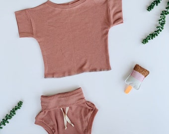 Baby Unisex shirt and pants set, Oversized tee and shorties , Pink Grepefruit thermal set, Modern clothes